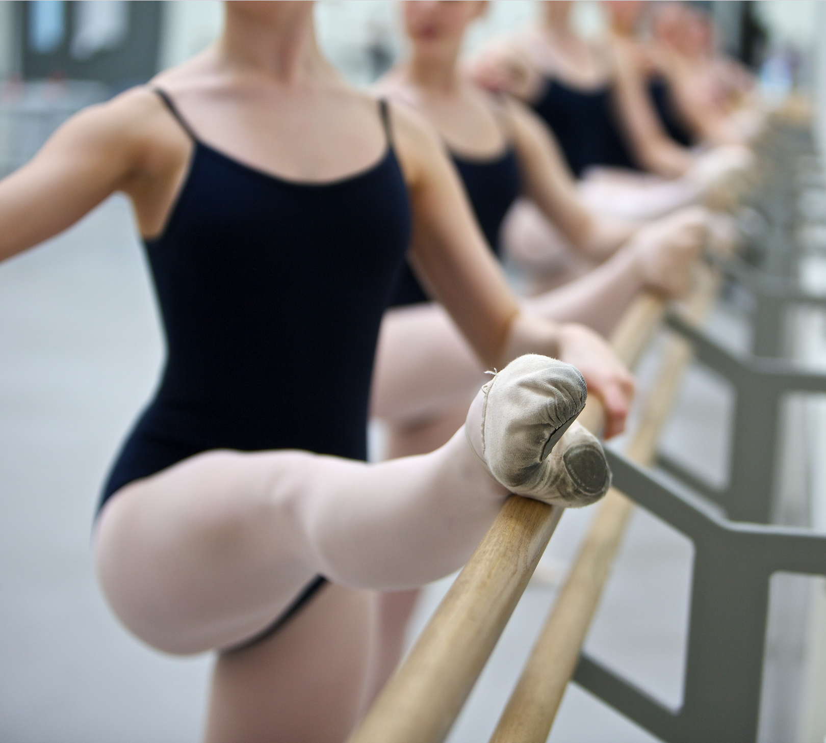 Classical Ballet Variations Intensive (Ages 9+)